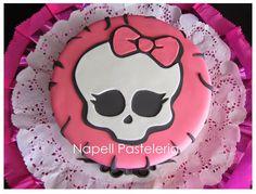 Monster hight Cake