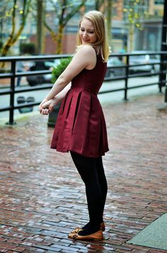 Vancouver Vogue: Pantone Colour of the Year Marsala box pleat dress & shoes from @saversvvillage