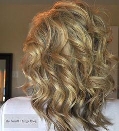 Curling wand curls- love her hair Medium Hair Styles, Curly Hair Styles, Hair Medium, Medium Curly, Long Curly, Soft Curls For Medium Hair, Curly Pixie, Medium Layered, Long Bob