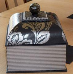 1000 images about cartonnage boite mansard et autres on pinterest gabriel album photos and. Black Bedroom Furniture Sets. Home Design Ideas
