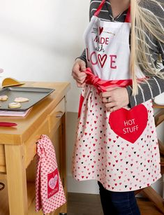 Valentines Day Dinner, Love Valentines, Valentine Day Gifts, Chef Apron, Apron Pockets, Printed Skirts, Hostess Gifts, Tea Parties, Dinner Parties
