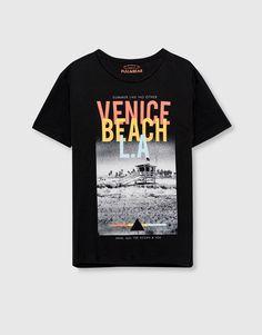 Pull&Bear - homem - vestuário - blusas - t-shirt estampado - venice beach - preto - 09239513-I2016
