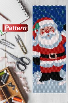 This is a peyote pattern Santa Here is 46 rows and length nch Colors 9 Peyote Beading Patterns, Beaded Earrings Patterns, Loom Patterns, Beaded Jewelry, Christmas Themes, Retro Christmas, Christmas Ornaments, Christmas Christmas, Beaded Crafts