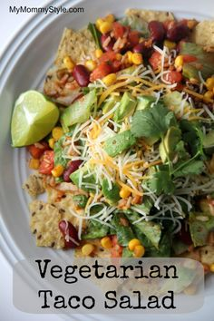 Nobody will miss the meat in this zesty and colorful #Vegetarian Taco Salad from MyMommyStyle.com