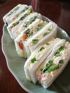 egg salad sandwiches Recipe - Yummy this dish is very delicous. Let's make egg salad sandwiches in your home! Egg Salad Sandwiches, Sandwich Recipes, Finger Sandwiches, Bento, Salsa, Asian Recipes, Ethnic Recipes, Pizza, High Tea