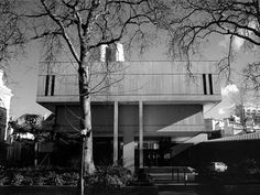 Royal College of Physicians, London by Denys Lasdun (1964)