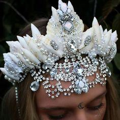 For every mermaid/man a silver glitz seashell crown by chelseasflowercrowns on Etsy Shell Crowns, Seashell Crown, Festival Trends, Head Band, Mermaid Crown, Mermaid Man, Mermaid Jewelry, Mermaid Tails, Crystal Crown