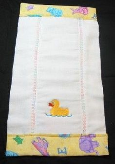 42 Ideas Embroidery Designs For Kids Girls Burp Cloths For 2019 Baby Sewing Projects, Sewing For Kids, Sewing Ideas, Burp Cloth Tutorial, Baby Gifts To Make, Kit Bebe, Burp Rags, Baby Burp Cloths, Baby Bibs