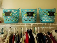 labels made from wall plates, like switch plates, painted in chalkboard paint