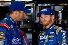 Elliott Sadler chats with Dale Jr.  after the news that Jr.  will not return to racing in 2016. :(
