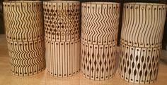 Estos archivos le permitirá al laser corte 8 diferentes tipos de pulseras de madera flexibles de madera sólida de madera contrachapada, MDF, de fieltro, acrílico, cuero, etcetera. -Los diseños pueden modificarse mínimamente para decorar tazas u otros objetos cilíndricos, como