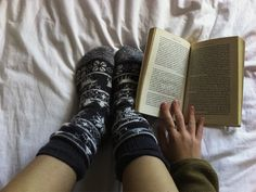 Reading is a nice idea to spend your long winter evening with great interest and pleasure. A short list of interesting books for you to read in winter. Long Winter, Read Books, Clever, Education, Reading, Reading Books, Onderwijs, Learning