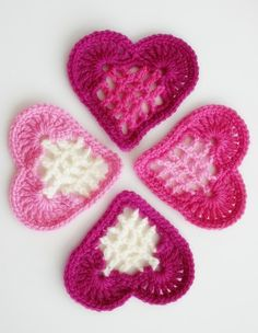 Felted Button - Colorful Crochet Patterns: ::Sharing Some Heart Art:: Free Pattern