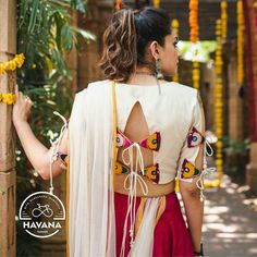 Top 30 Latest And Trendy Blouse Designs For Back Neck - - Here are the latest 30 blouse design for back neck that is impeccably immaculate and you can certainly opt for these or customize them as per your choice. Choli Designs, Choli Blouse Design, Sari Blouse Designs, Designer Blouse Patterns, Bridal Blouse Designs, Blouse Back Neck Designs, White Blouse Designs, Stylish Blouse Design, Fashion Designer
