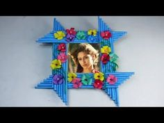 Make Awesome Photo Frame Out Of Paper Sticks Diy Crafts For Teen Girls, Diy Arts And Crafts, Craft Stick Crafts, Diy Crafts Videos, Craft Ideas, Best Photo Frames, Origami, Photo Frame Design, Papier Diy