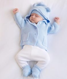 post by Harlen Bodhi White Cute Baby Boy, Cute Little Baby, Cute Baby Clothes, Baby Love, Cute Babies, Baby Kids, Cute Baby Videos, Cute Baby Pictures, Baby Outfits