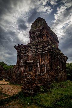 My Son, Cham holy temples / Temples sacrés Cham de My Son, Hoi An, Vietnam