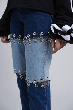 B L A C K L A B E L by The Ragged Priest. Blue and indigo split denim jeans with… B L A C K L A B E L by The Ragged Priest. Blue and indigo split denim jeans with ring detail, and classic branded tab. As this denim is cotton … Denim Fashion, Fashion Outfits, Womens Fashion, Diy Outfits, Runway Fashion, Custom Clothes, Diy Clothes, Remake Clothes, Jean Diy