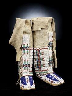 lakota sioux beadwork   Sicangu Lakota (Brulé Sioux) Woman's legging moccasins circa 1870 ...