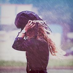 # rain by @Julia Dávila