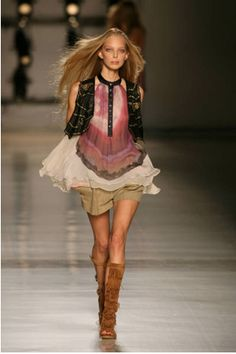 Vest trend  | Camixa Fashion Magazine