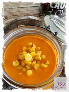 Carrot, tomato and coconut soup Thermomix Soup, Paleo Plan, Coconut Soup, Cooking Chef, English Food, Chana Masala, Carrots, Curry, Fruit