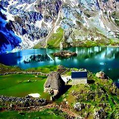 Lago del Valle Somiedo Asturias España