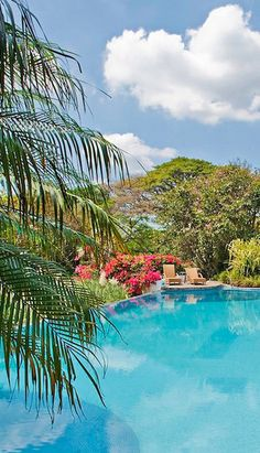 An artsy retreat set among the lush hills of Costa Rica's Central Valley. #jetsettering [Promotional Pin]