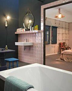 Slaapkamer en badkamer - vtwonen | roze tegels via mozaiek utrecht