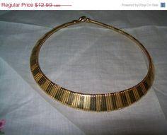 SALE 50% off Goldtone necklace goldtone choker by vintagebyrudi