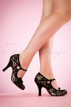 Ruby Shoo Elsy Pumps in Black Lace 402 10 18521 08302016 008W