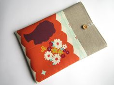 Linen chic MacBook sleeve 13 with pockets MacBook by LinenSleeve, $25.00