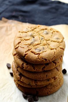 WOW det her er simpelhen de bedste cookies online. Chocolate Chip Cookies, Brownie Cookies, New York Times, Food Cakes, Cakes And More, Nutella, Clean Eating Snacks, Chocolate Recipes, Cookie Recipes