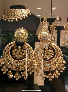 Chandbali earrings, latest in Indian wedding jewelry trends #Indian #Jewellery