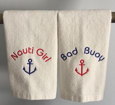 Ideas for Decorating a Nautical Home - seaside nautical design ideas Boot Dekor, Boating Gifts, Nautical Christmas, Christmas Ideas, Christmas Decorations, Firefighter Gifts, Fingertip Towels, Nautical Gifts, Boat Interior