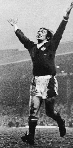 20th January 1973. Manchester United midfielder Lou Macari celebrates his late equaliser against West Ham United, at old Trafford.