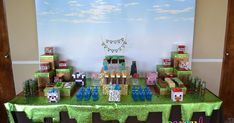 I'm a bit behind posting our latest parties, but here I am sharing this awesome birthday styled by my friend Mare Romo for her little boy Ca...