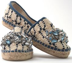 Lontra blu. Espadrillas in handwoven fabric. 100% cotton. Stone pale blue 100 % acrilico.