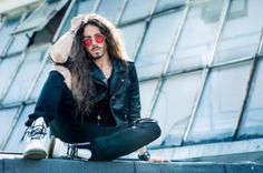 RT @Eurovision: Michał Szpak with Color Of Your...