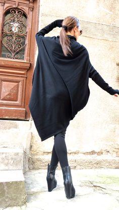 NUOVO Oversize ANGORA nero vestito sciolto / asimmetrica