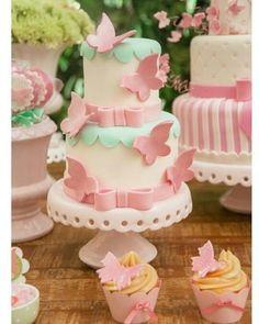 New Baby Shower Girl Cake Ideas Shabby Chic Ideas Baby Cakes, Girl Cakes, Sweet Cakes, Baby Shower Cakes, Pretty Cakes, Cute Cakes, Beautiful Cakes, Stage Patisserie, Fondant Cakes
