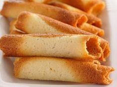 Cigarettes russes au Thermomix – Food for Healty Dessert Thermomix, Thermomix Bread, Russian Dishes, Russian Recipes, Cigarette Russe, Baking Recipes, Snack Recipes, Waffles, Seafood Dishes