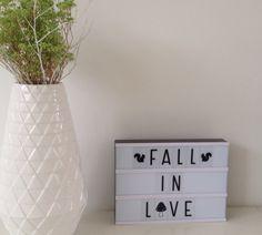 Immer passent auf der Light-Box Light Words, Light Letters, Lightbox Quotes, Licht Box, Boxing Quotes, Cute Texts, Chalkboard Ideas, Valentine Box, Diys