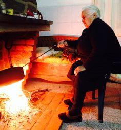 Avó e castanhas