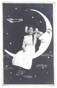 paper moon....  big bow by kathleenieFlickr