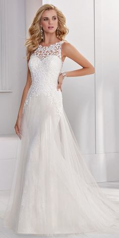 Glamorous Tulle & Lace Jewel Neckline A-line Wedding Dress With Beadings & Lace Appliques