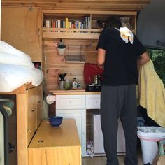 Why everyone should pack up life into a 2009 Dodge Sprinter Van