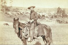 A cowboy is an animal herder, usually in charge of the horses and/or cattle, on cattle ranches, especially in the western United States and Canada. Peliculas Western, Westerns, Cattle Drive, Cowboy Pictures, Real Cowboys, Western Riding, Cowboy And Cowgirl, Cowboy Horse, Cowboy Art