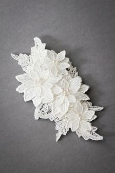 LILLIAN_floral lace comb by Percy Handmade