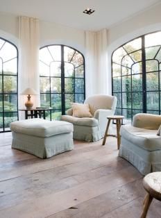 wall color, black windows, flooring etc. ALSO good post on black steel windows and how they should go in a home. Steel Windows, Windows And Doors, Big Windows, Wall Of Windows, Black Windows, Steel Doors, Home Living Room, Living Spaces, Home And Deco